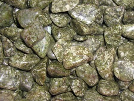 """חלוקי אפידוט. מהאתר של החנות """"סטונאייג"""" צילום: שני תודר. photo: Shani Toder www.stoneage.co.il"""