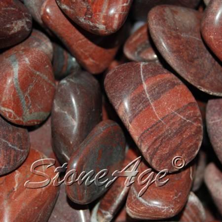 חלוקי דולומיט בחום-אדמדם. מהאתר של סטונאייג www.stoneage.co.il  צילום: שני תודר photo: Shani Toder