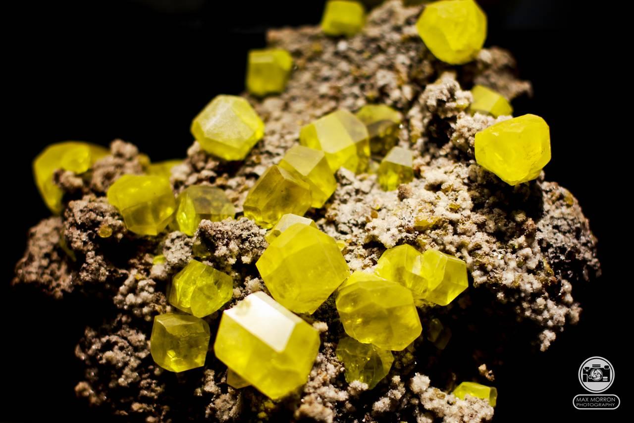 גרנט צהובה. פריט שהוצג במוזיאון בפירנצה. צילום: מקס קובלסקי Photo by Max Kovalski www.maxkov.com