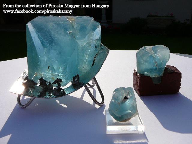 טופז תכולה מהממת, במקור ממכרה בזימבבואה. מהאוסף של פירוסקה מגיאר ההונגרי. From the collection of Piroska Magyar from Hungary