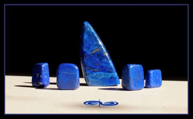 חלוקי לאפיס. צילום: מקס קובלסקי Photo by Max Kovalski www.maxkov.com