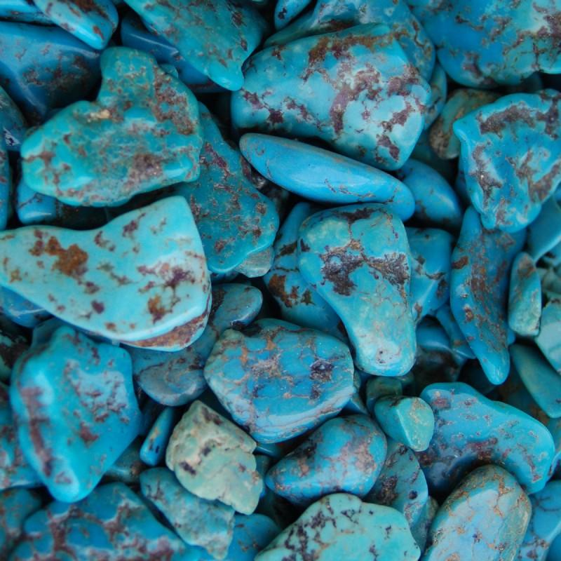 חלוקים איכותיים של טורקיז בגוון תכלת. מהאתר של סטונאייג.  www.stoneage.co.il צילום: שני תודר photo: Shani Toder