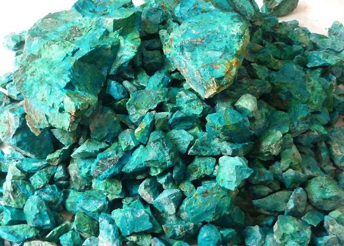 חלוקי קריסוקולה גולמית. מהאתר של החנות סטונאייג'  www.stoneage.co.il צילום: שני תודר photo: Shani Toder