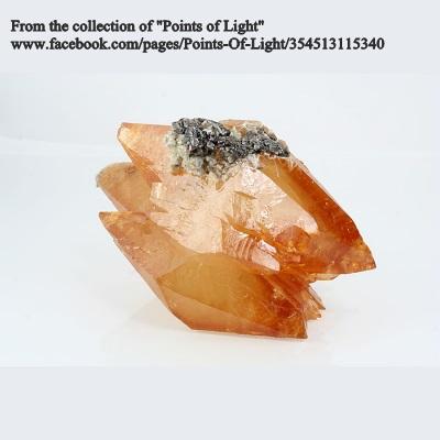 "קלציט עם ספאלרייט. מהאוסף של חנות ""פוינט אוף לייט"". From the collection of ""Points of Light"""