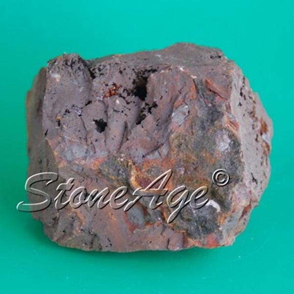 קופרייט גולמית אפורה. מהאתר של החנות סטונאייג'  www.stoneage.co.il צילום: שני תודר photo: Shani Toder