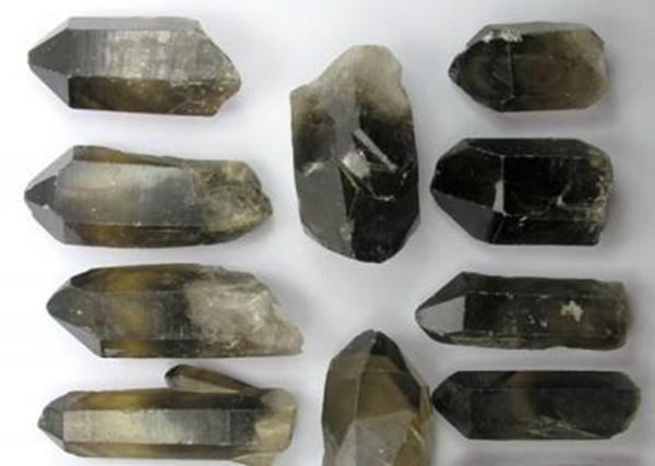 """גנרטורים של סמוקי. מהאתר של  """"אירית קריסטלים"""" www.iritltd.com"""