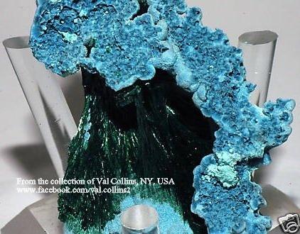שאטיוקייט משולבת במלאכיט.  פריט יפהפה של האספן ואל קולינס מניו-יורק. From the collection of Val Collins, NY, USA