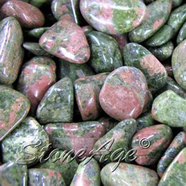 חלוקי יוניקייט. מהאתר של סטונאייג.  www.stoneage.co.il צילום: שני תודר photo: Shani Toder