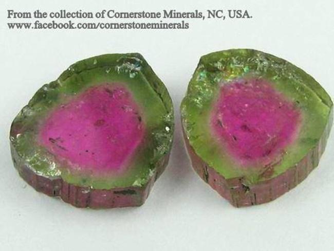 """טורמלין אבטיח. פריט מרהיב, מהאוסף של החנות האמריקאית """"קורנרסטון מינרלס"""".  From Cornerstone minerals  www.cornerstoneminerals.com"""